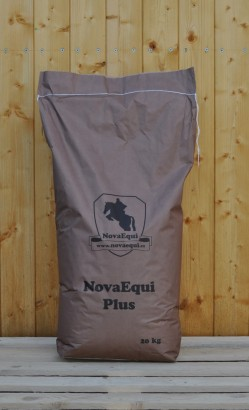 Dietetické krmivo pro koně NovaEqui Plus, 20kg